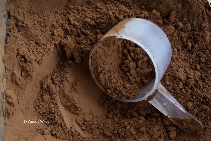 ©WW Cocoa Powder scoop_Digimarc WEB w photo credit_(RGB-1000px-72dpi-HiRez)_2194