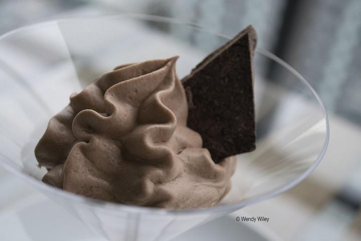 ©WW Chocolate Mousse_Dark_Digimarc WEB w photo credit_(RGB-1000px-72dpi-HiRez)_2275